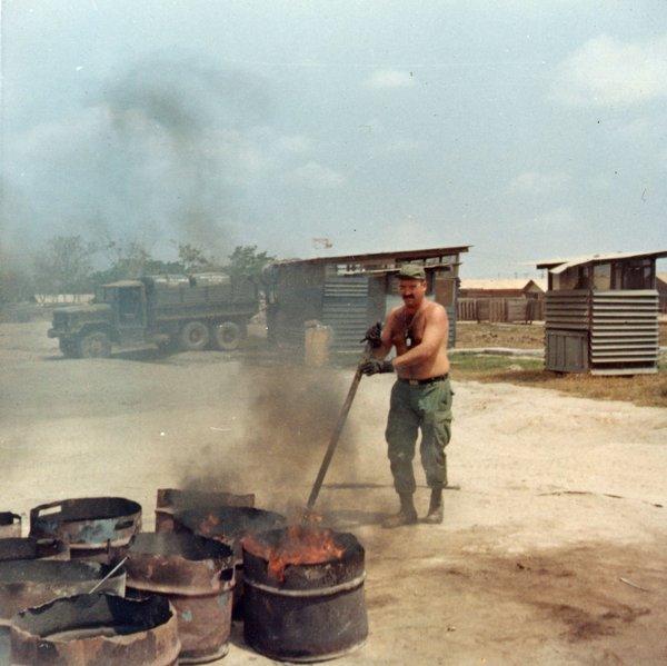 Shit Burning, 1970